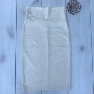 FINAL 💰 Cream Sparkly Pencil Skirt NWOT Size S